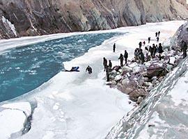 onelife-chadar-trek-frozen-river-itinerary-gallery-2