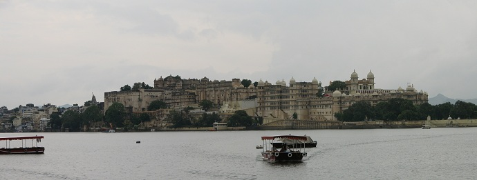 udaipur-city-lake-palace